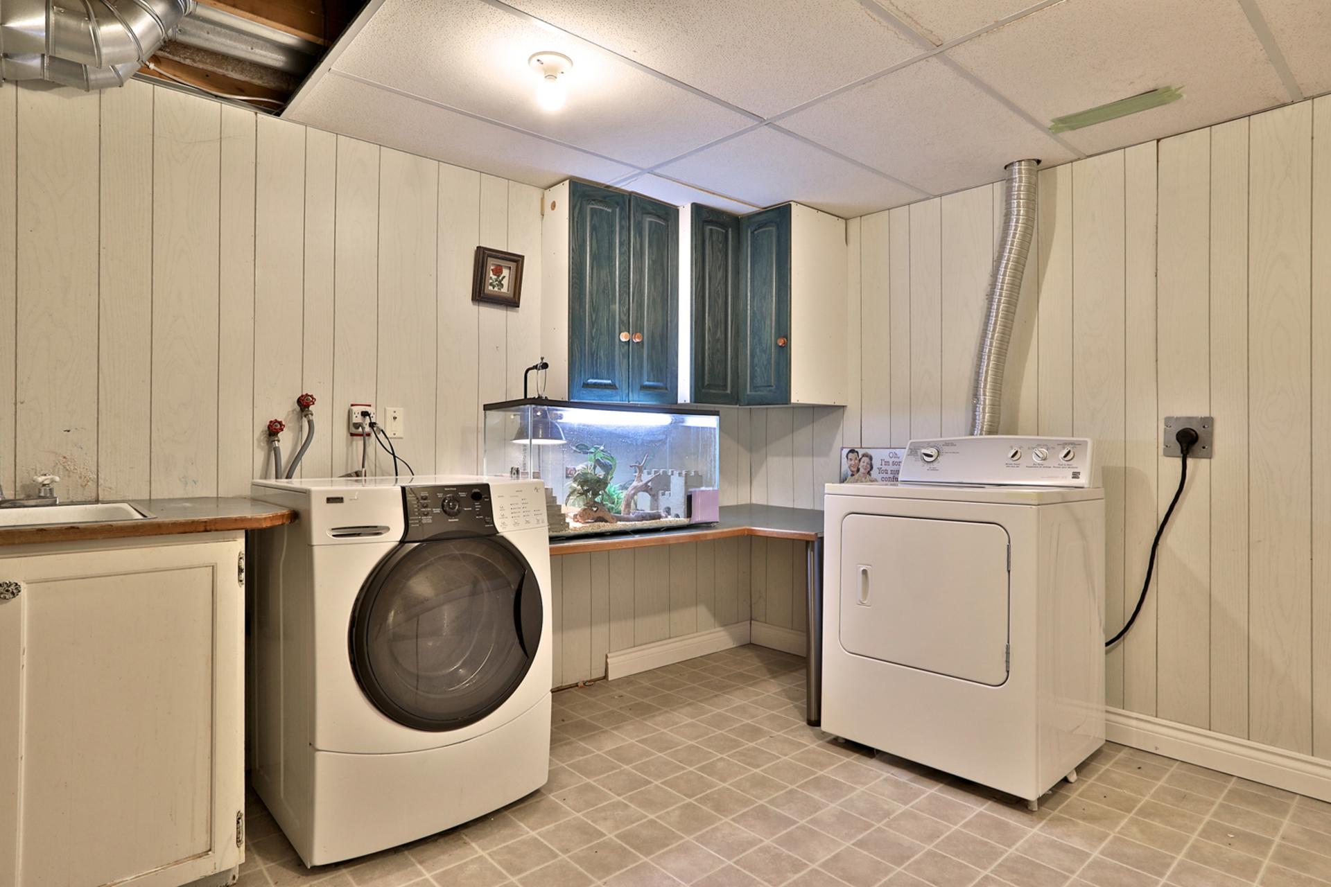Laundry Room at 32 Geraldine Court, Parkwoods-Donalda, Toronto