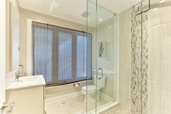 3 Piece Bathroom at 39 Olsen Drive, Parkwoods-Donalda, Toronto