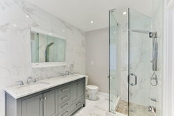 5 Piece Ensuite Bathroom at 39 Olsen Drive, Parkwoods-Donalda, Toronto