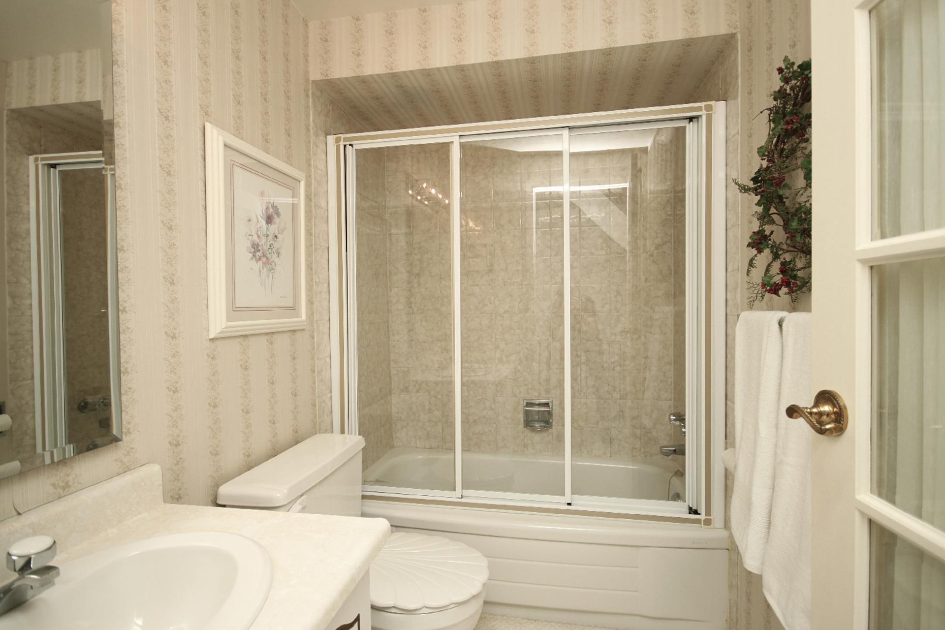 4 Piece Bathroom at 93 Dutch Myrtle Way, Banbury-Don Mills, Toronto