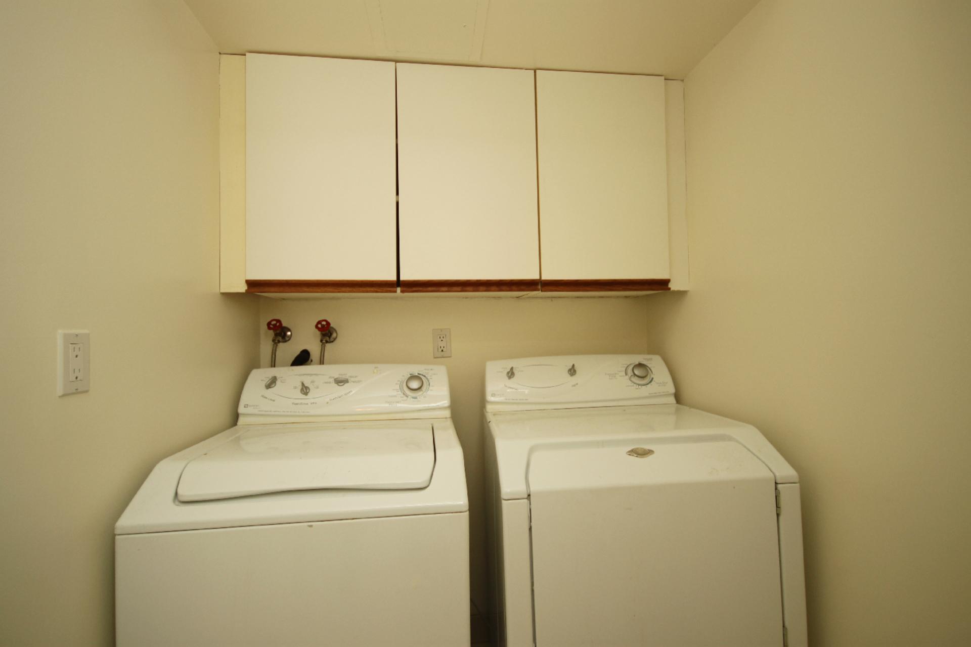Laundry Room at 319 - 3800 Yonge Street, Bedford Park-Nortown, Toronto