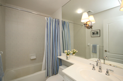 4 Piece Ensuite Bathroom at 115 - 205 The Donway West, Banbury-Don Mills, Toronto