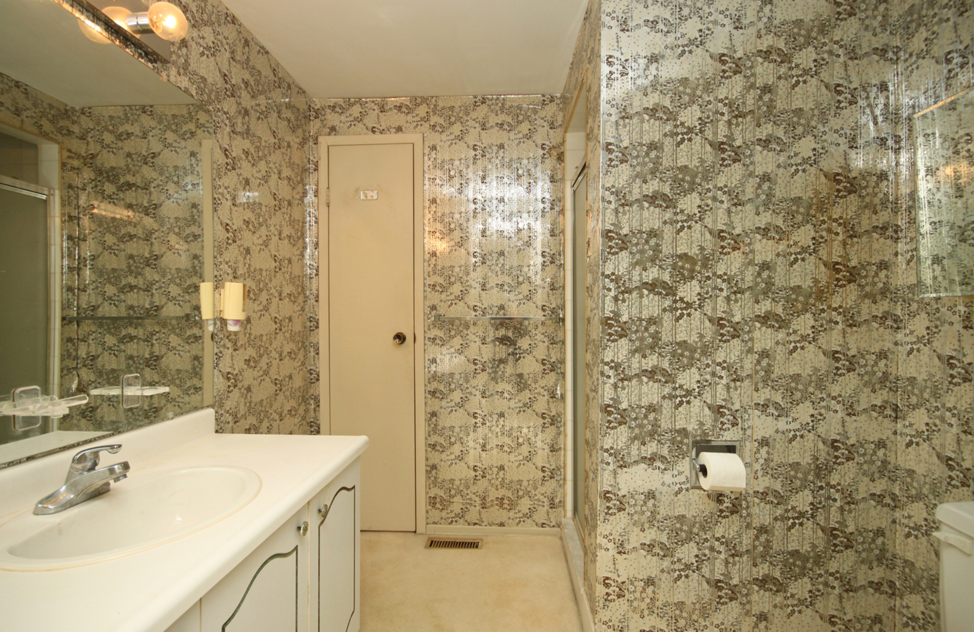 3 Piece Ensuite Bathroom at 88 Dutch Myrtle Way, Banbury-Don Mills, Toronto