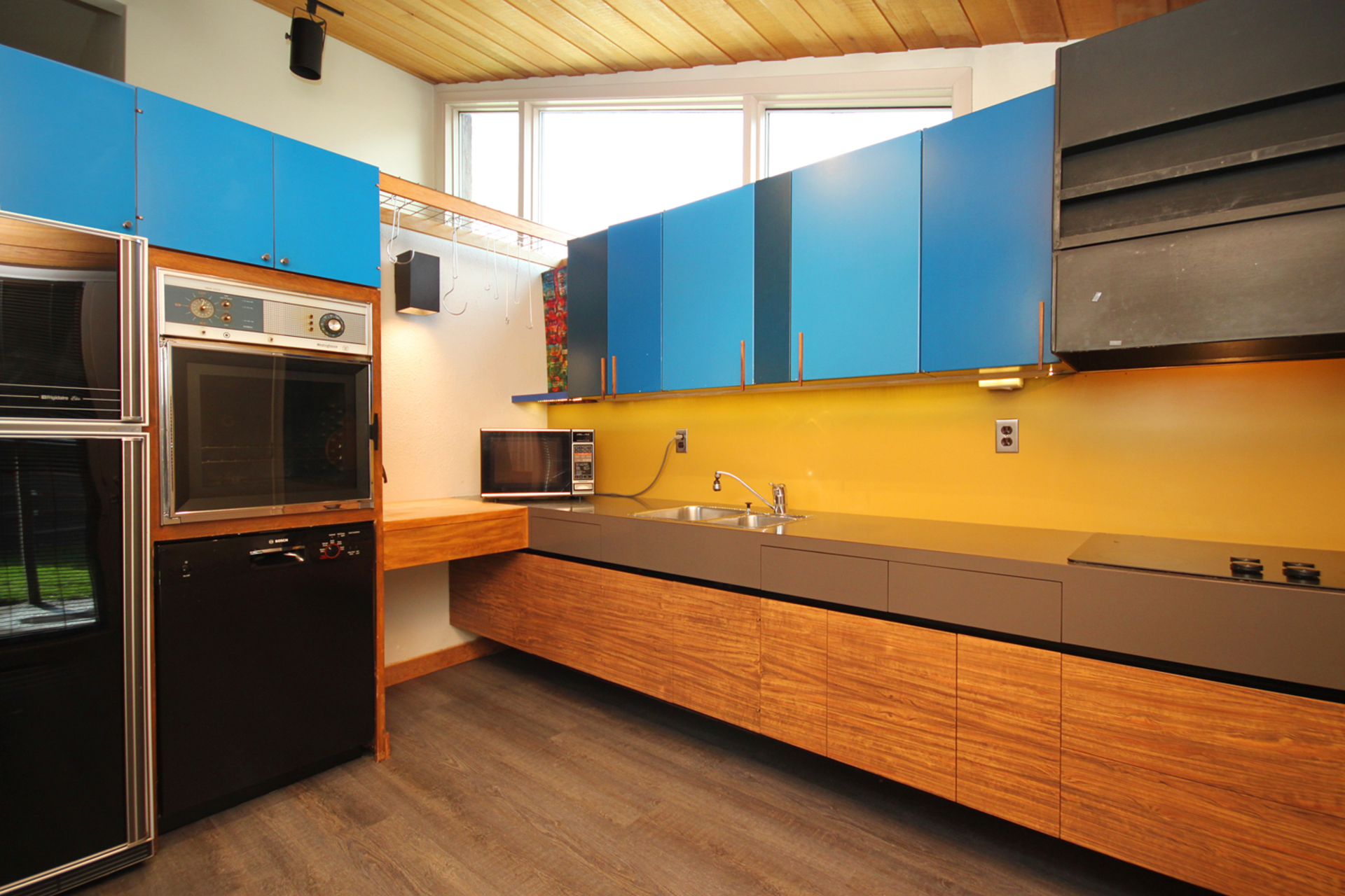 Kitchen at 16 Bradgate Road, Banbury-Don Mills, Toronto