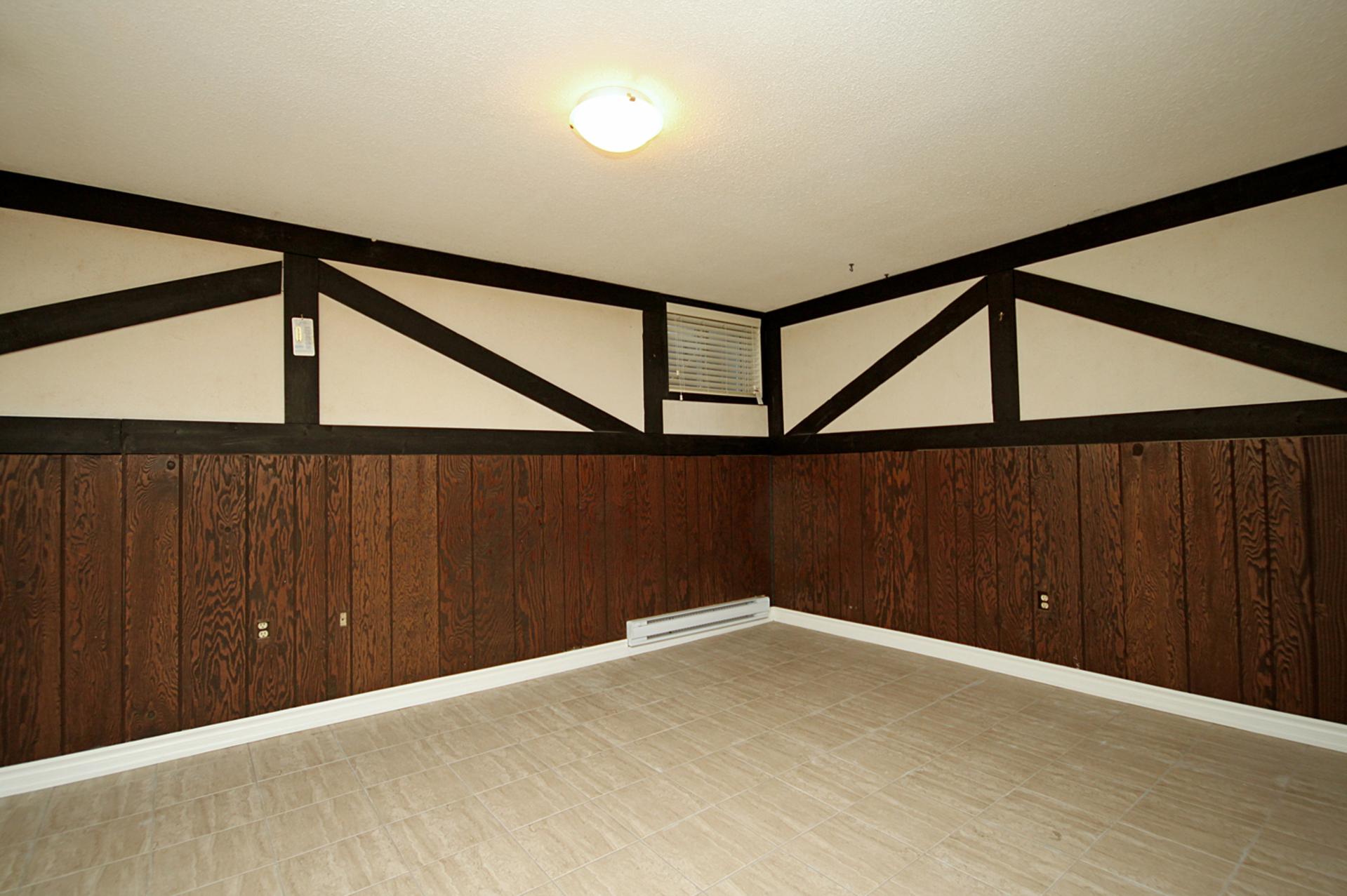 Recreation Room at 3 - 3409 St. Clair Avenue E, Clairlea-Birchmount, Toronto