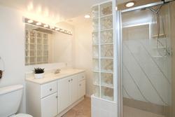 3 Piece Bathroom at 10 Fairhill Crescent, Parkwoods-Donalda, Toronto