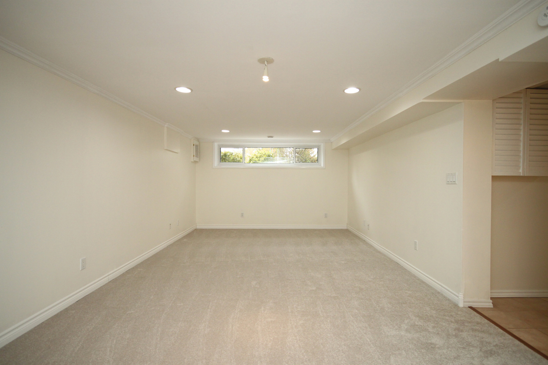 Recreation Room at 10 Fairhill Crescent, Parkwoods-Donalda, Toronto