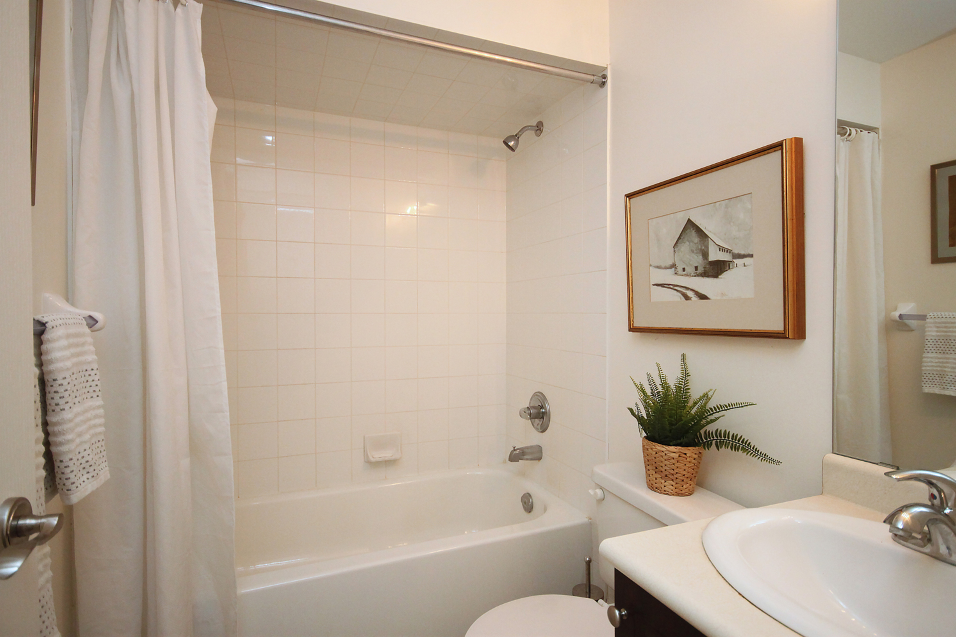 4 Piece Bathroom at 7a Mcgee Street, South Riverdale, Toronto