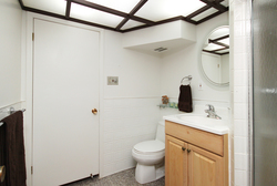 3 Piece Bathroom at 8 Butterfield Drive, Parkwoods-Donalda, Toronto