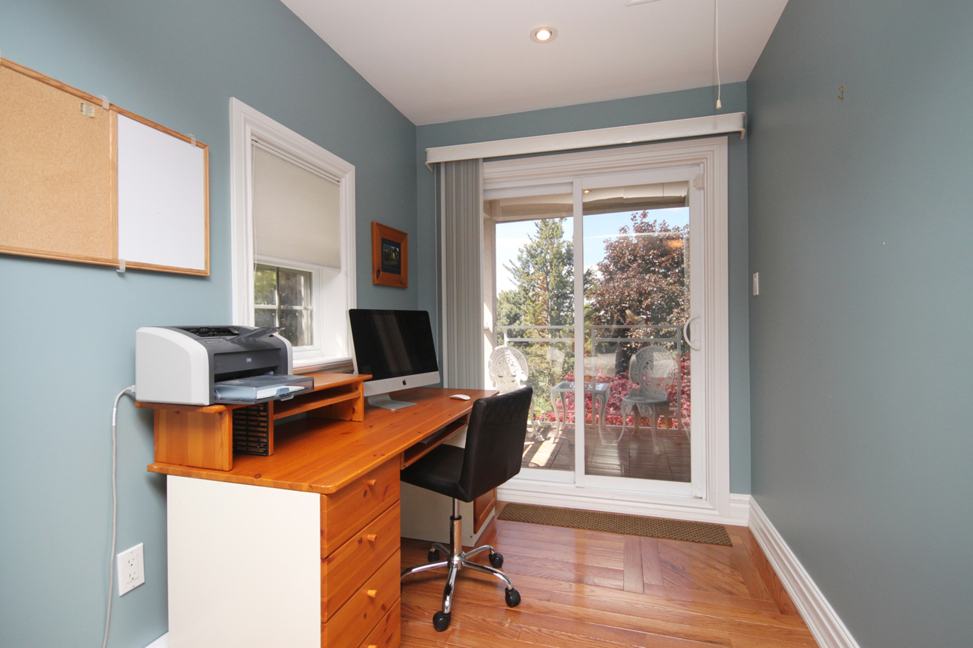 Bedroom at 8 Butterfield Drive, Parkwoods-Donalda, Toronto