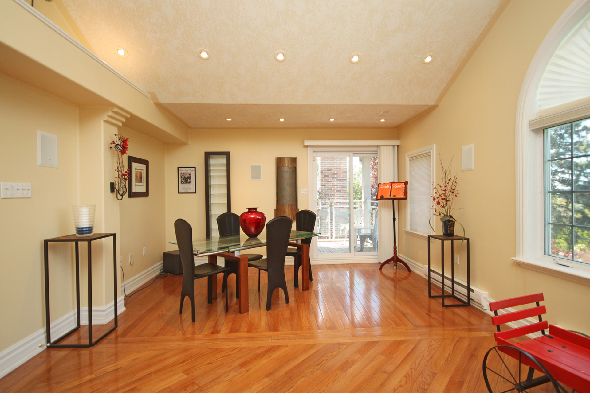Family Room at 8 Butterfield Drive, Parkwoods-Donalda, Toronto