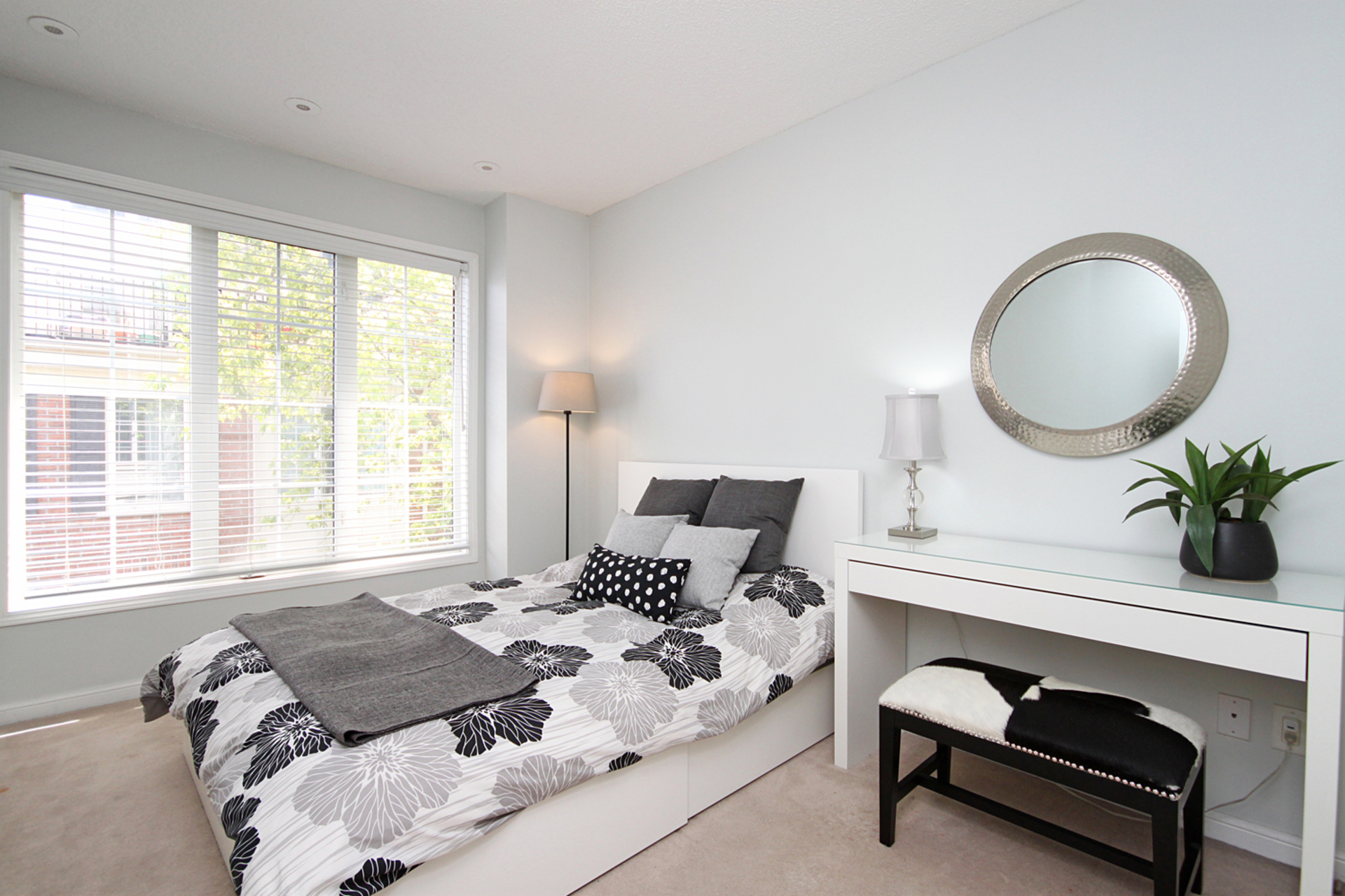 Master Bedroom at 1016 - 5 Everson Drive, Willowdale East, Toronto