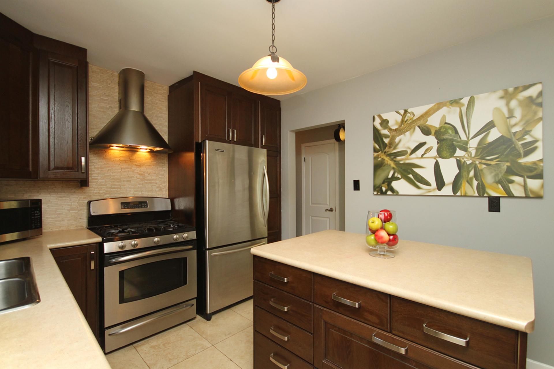 Kitchen at 8 Dukinfield Crescent, Parkwoods-Donalda, Toronto