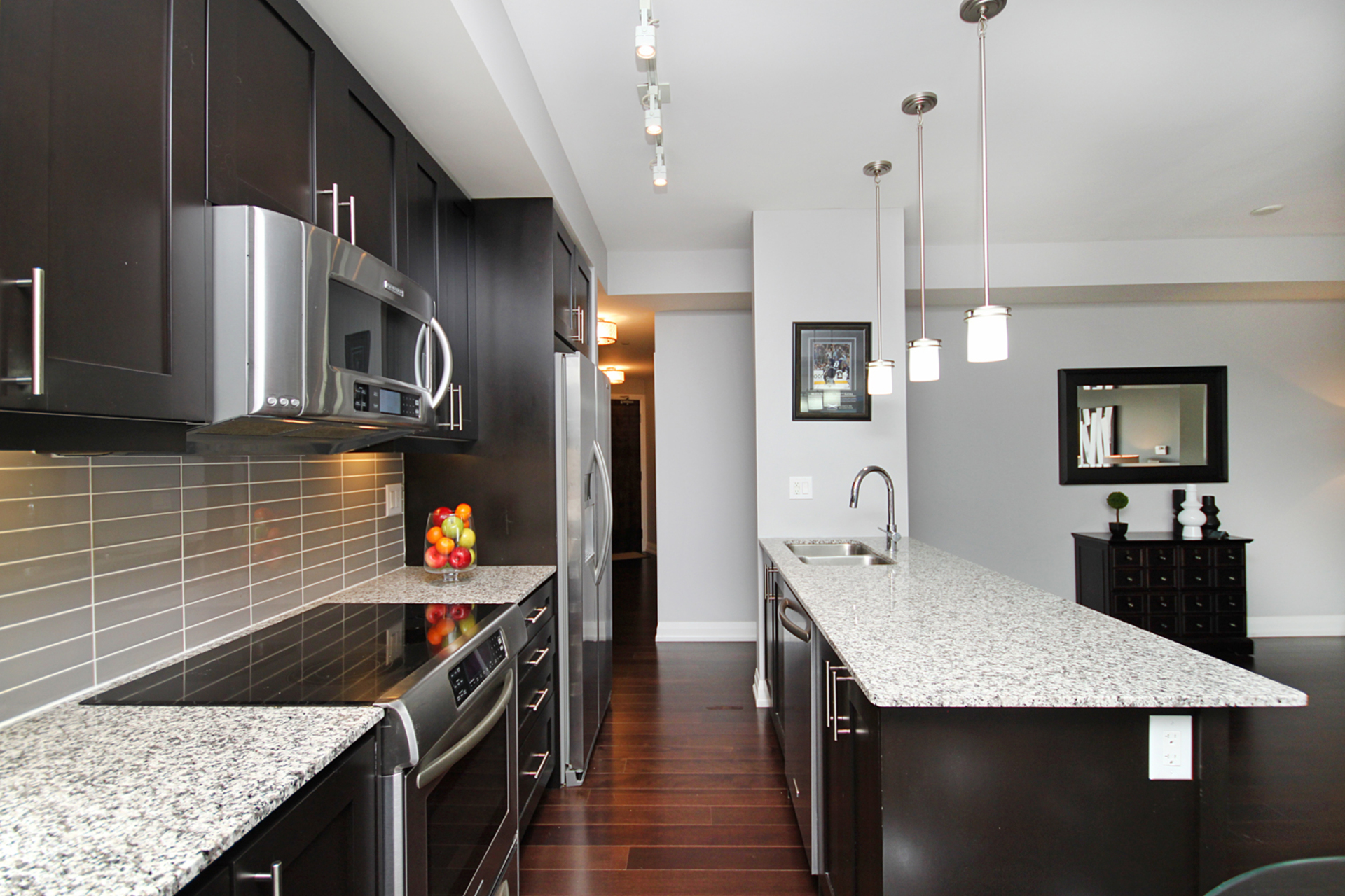 Kitchen at 405 - 85 The Donway W, Banbury-Don Mills, Toronto