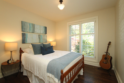 Bedroom at 1 Groveland Crescent, Parkwoods-Donalda, Toronto