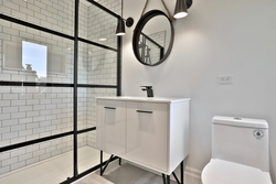 3 Piece Ensuite Bathroom at 47 Yorkview Drive, Willowdale West, Toronto