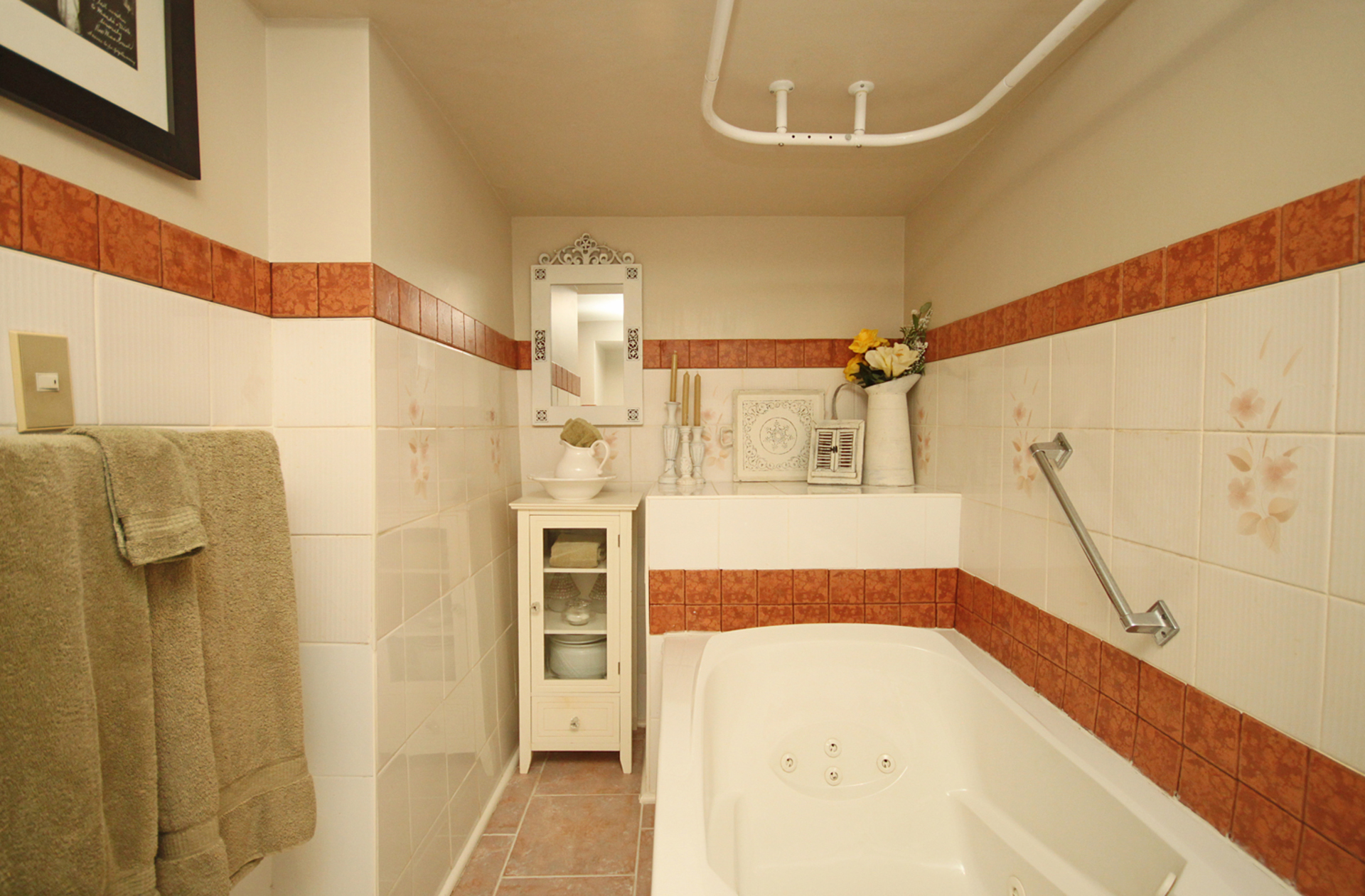 2 Piece Bathroom at 93 Duncairn Road, Banbury-Don Mills, Toronto