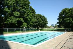 Outdoor Swimming Pool at 1704 - 1350 York Mills Road, Parkwoods-Donalda, Toronto