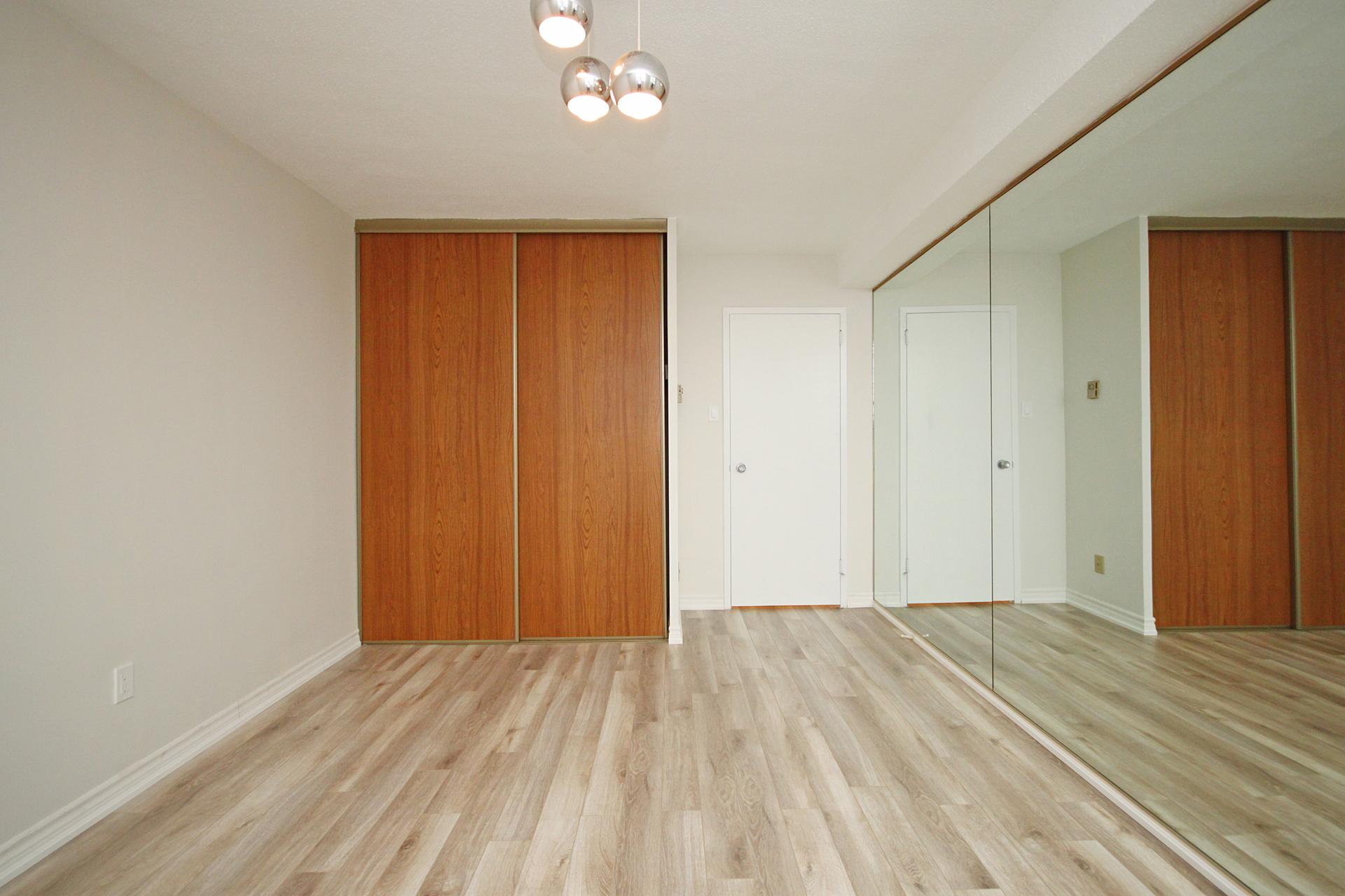 Master Bedroom at 1704 - 1350 York Mills Road, Parkwoods-Donalda, Toronto