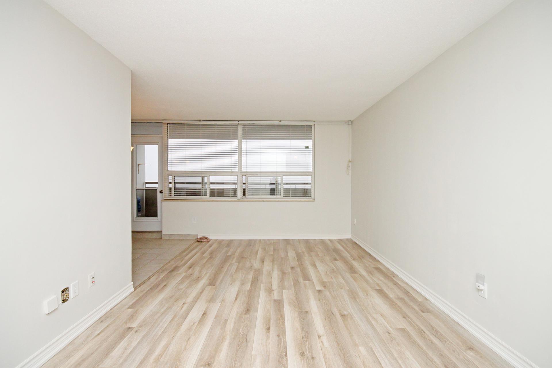 Living Room at 1704 - 1350 York Mills Road, Parkwoods-Donalda, Toronto