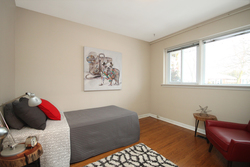 Bedroom at 6 Redwillow Drive, Parkwoods-Donalda, Toronto