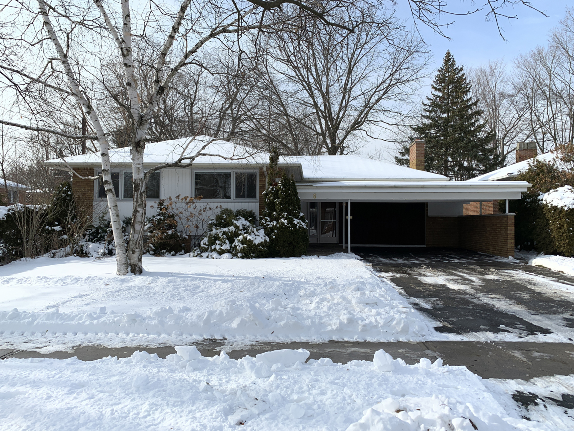 Front at 6 Redwillow Drive, Parkwoods-Donalda, Toronto