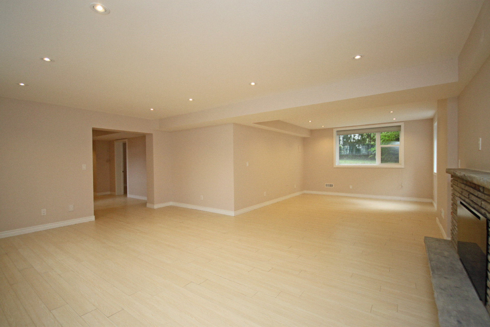 Recreation Room at 11 Tetbury Crescent, Parkwoods-Donalda, Toronto