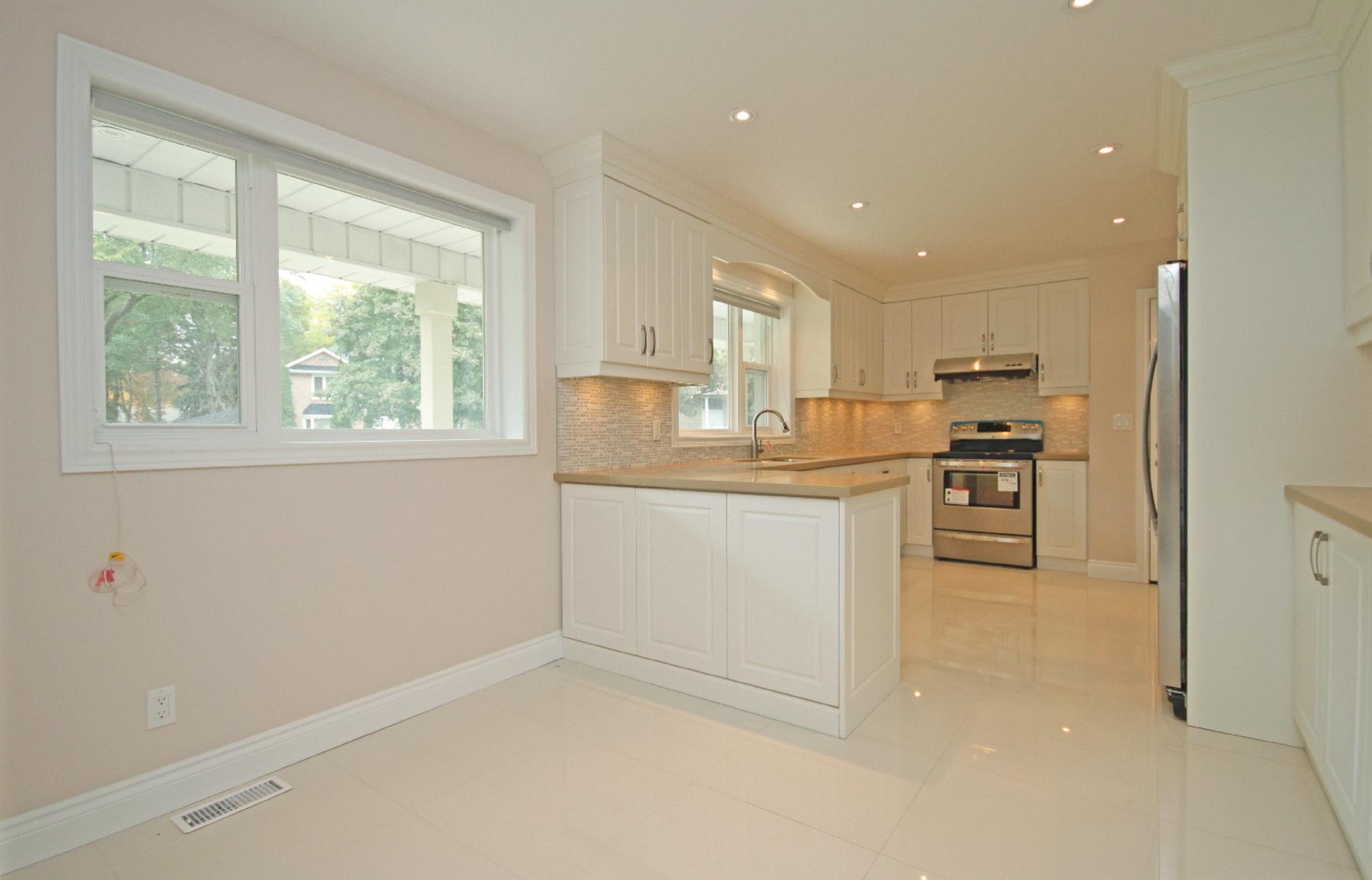 Kitchen at 11 Tetbury Crescent, Parkwoods-Donalda, Toronto