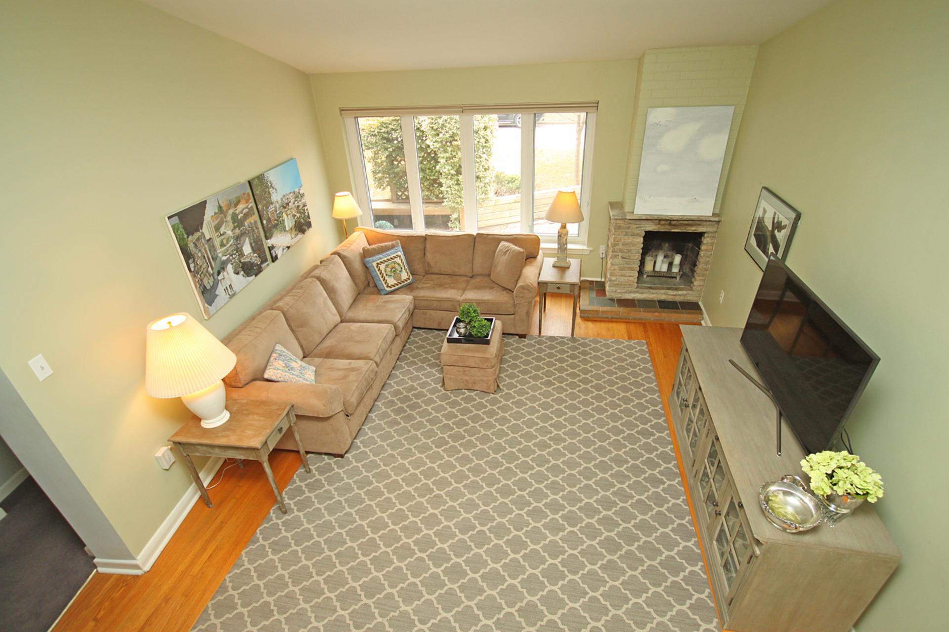 Family Room at 10 North Hills Terrace, Banbury-Don Mills, Toronto