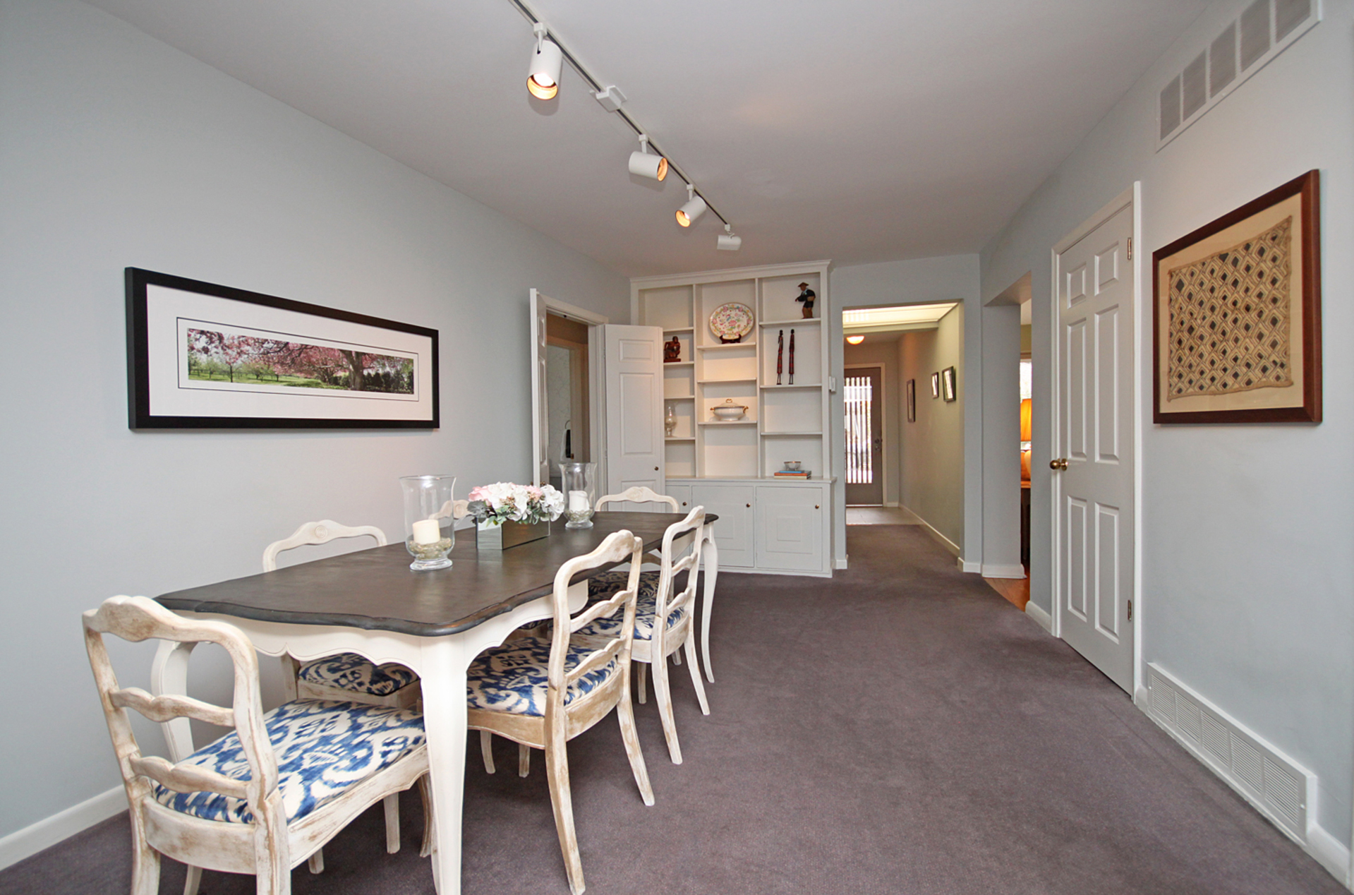 Dining Room at 10 North Hills Terrace, Banbury-Don Mills, Toronto