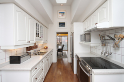Kitchen at 39 Sagebrush Lane, Parkwoods-Donalda, Toronto