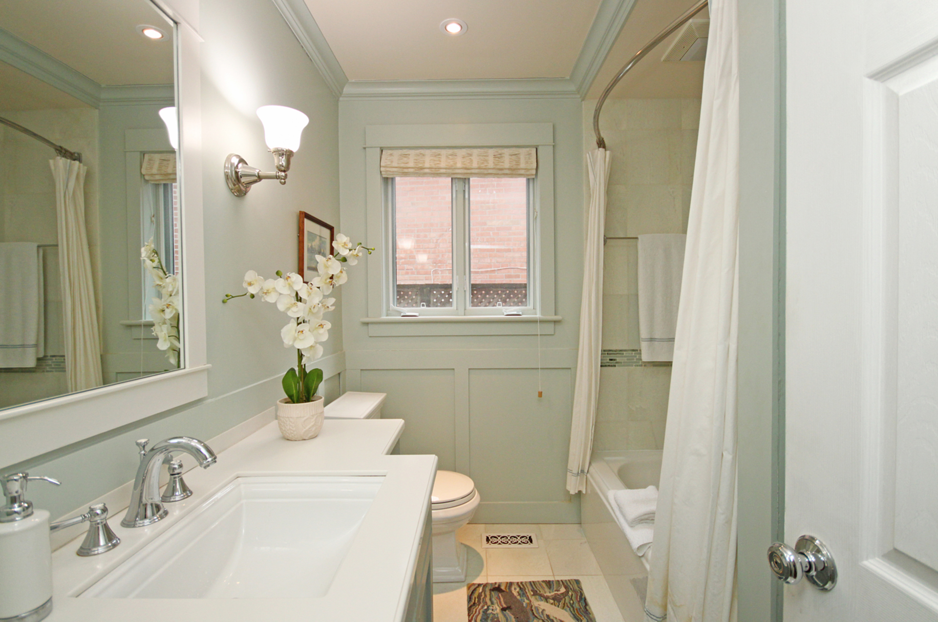 4 Piece Bathroom at 39 Sagebrush Lane, Parkwoods-Donalda, Toronto