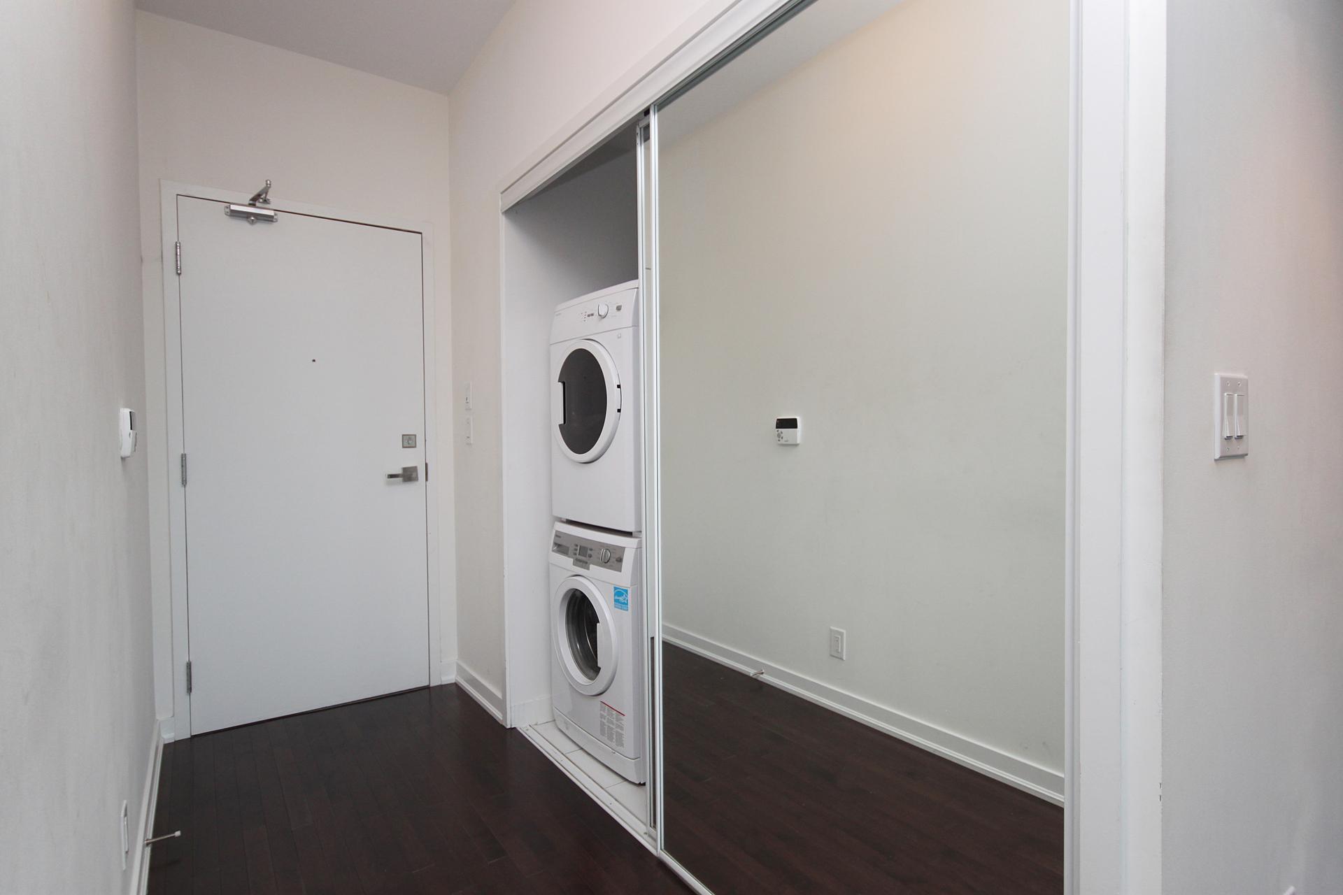 Foyer & Laundry at 4609 - 12 York Street, Waterfront Communities C1, Toronto
