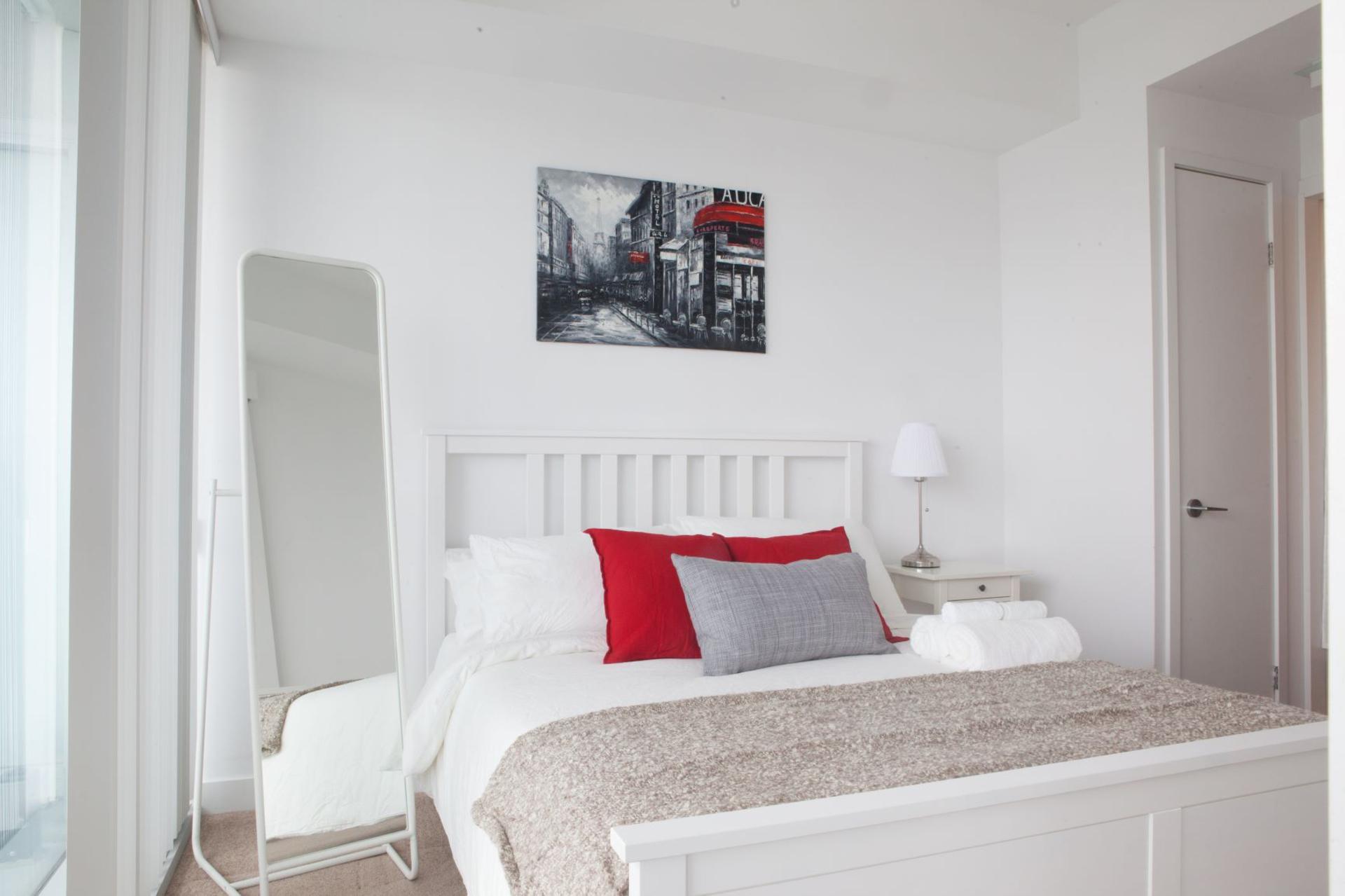Bedroom at 4609 - 12 York Street, Waterfront Communities C1, Toronto