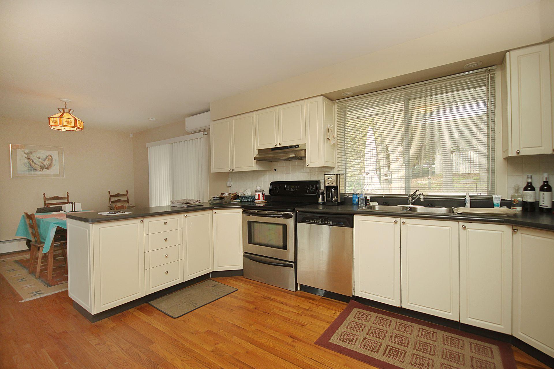 Kitchen at 103 Laurentide Drive, Parkwoods-Donalda, Toronto
