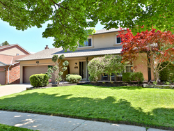 Front at 21 Deerpath Road, Parkwoods-Donalda, Toronto