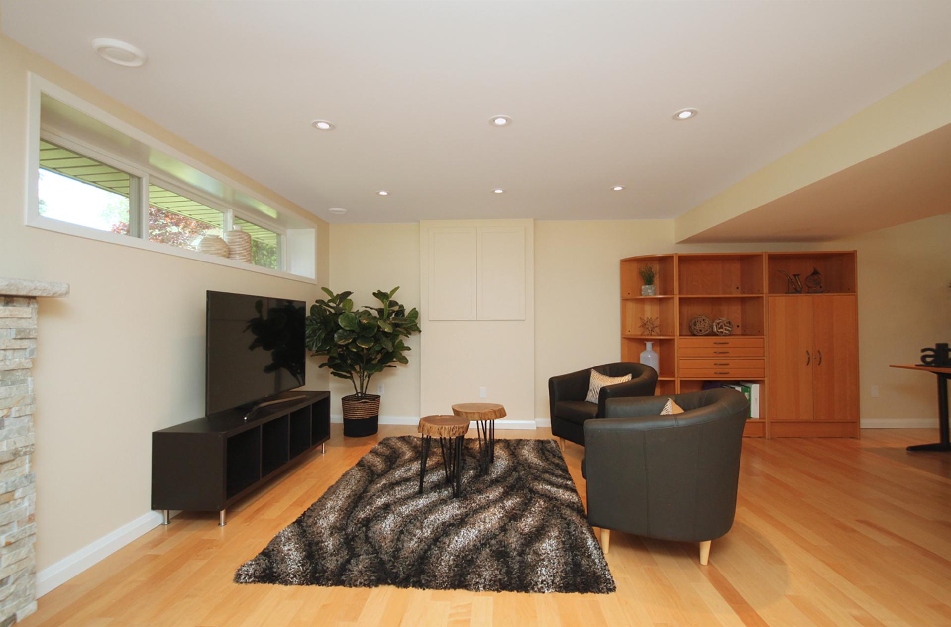 Recreation Room at 12 Summerton Place, Tam O\'Shanter-Sullivan, Toronto