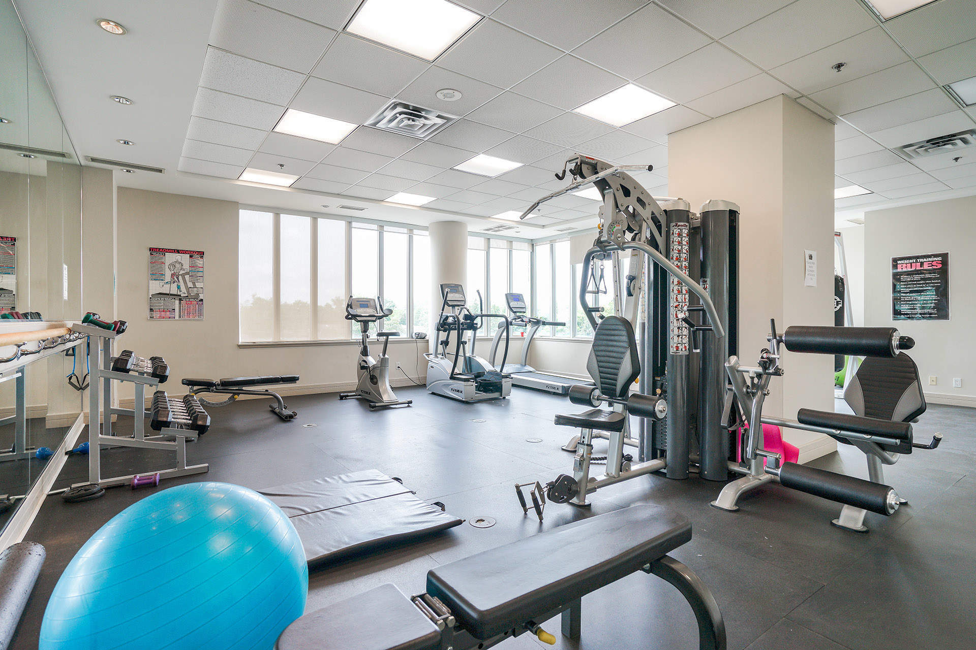 Exercise Room at 906 - 1 Avondale Avenue, Willowdale East, Toronto