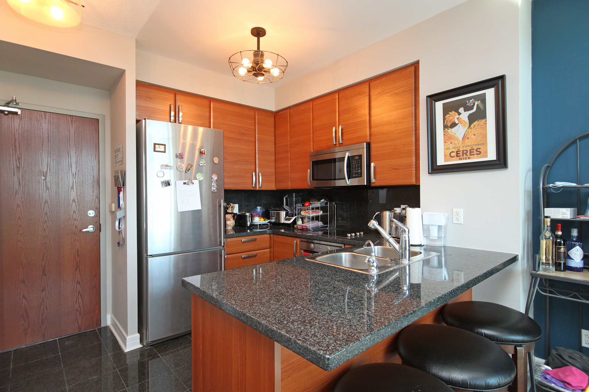 Kitchen at 906 - 1 Avondale Avenue, Willowdale East, Toronto