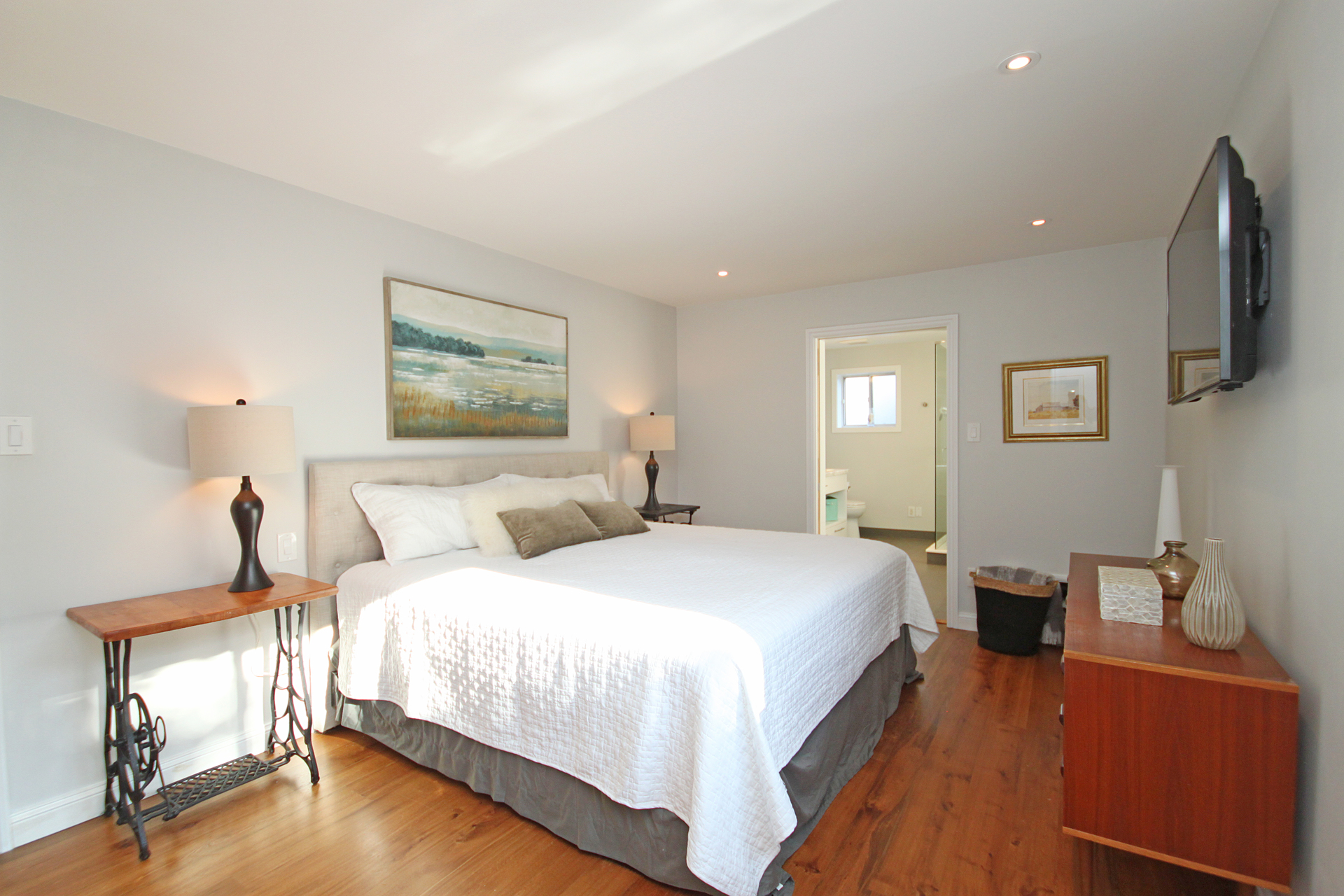 Master Bedroom at 5 Whitefriars Drive, Parkwoods-Donalda, Toronto