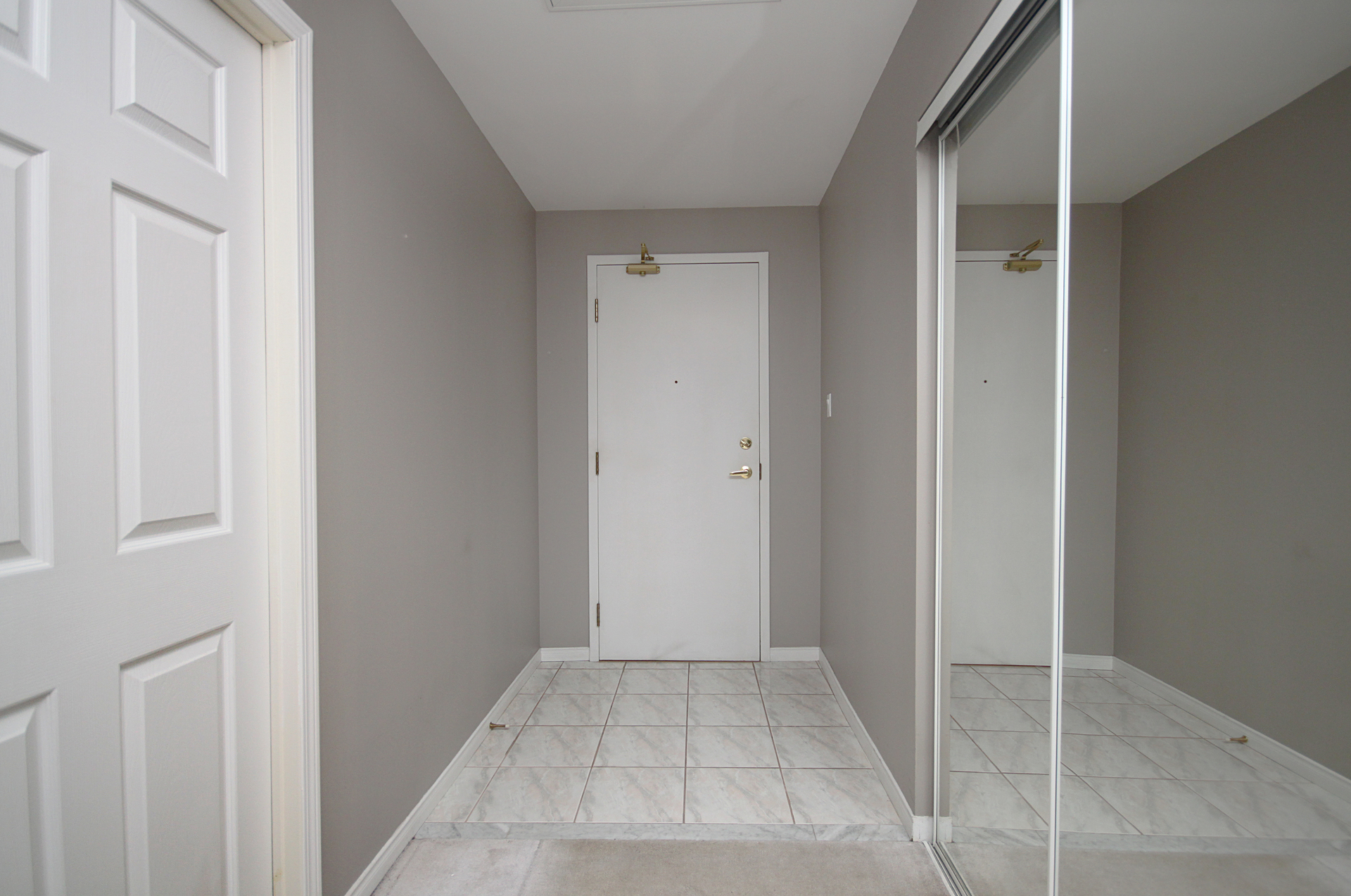 Foyer at 310 - 600 Eglinton Avenue E, Mount Pleasant East, Toronto