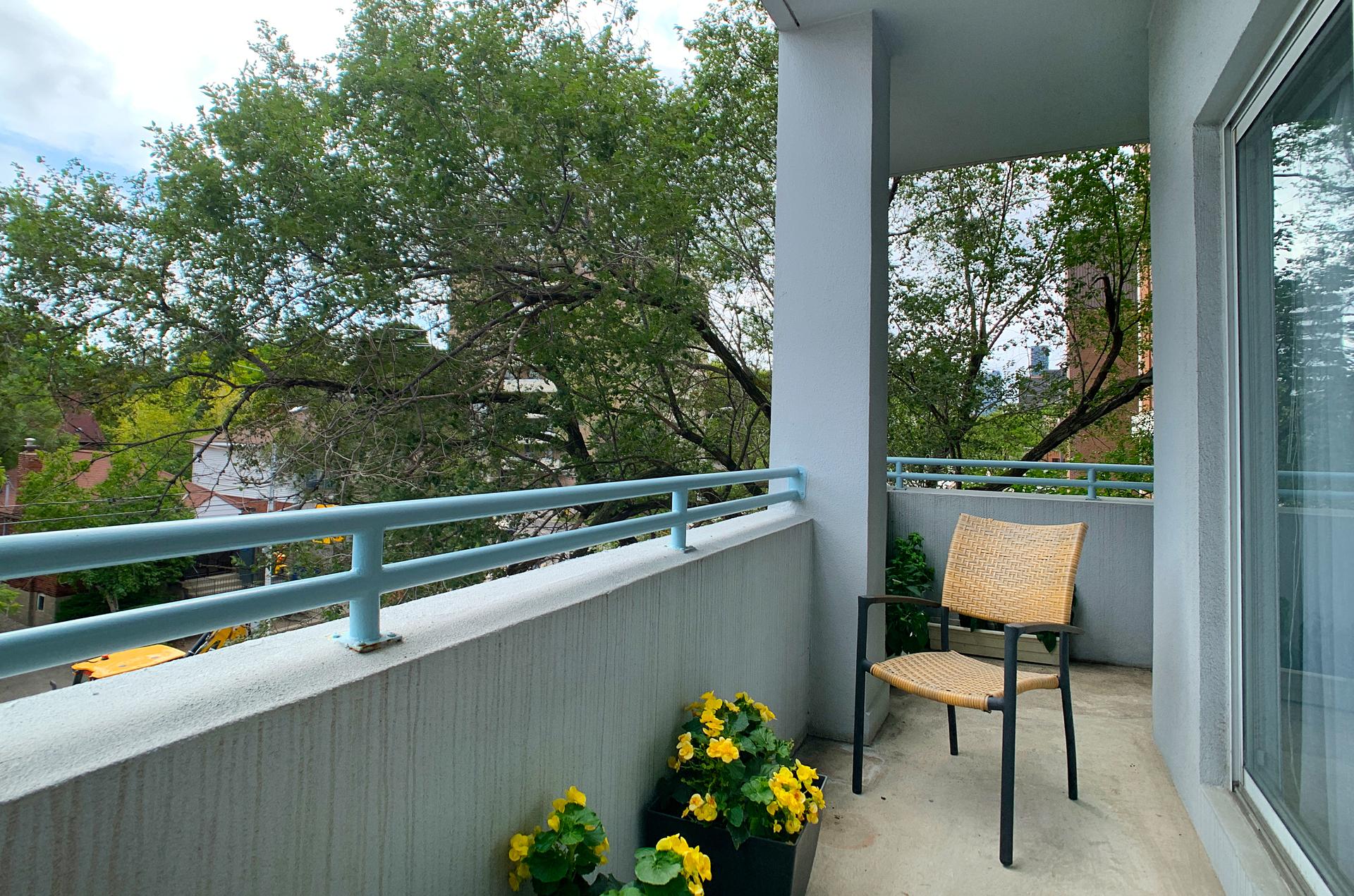 Balcony at 310 - 600 Eglinton Avenue E, Mount Pleasant East, Toronto