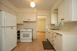 Kitchen at 29 Groveland Crescent, Parkwoods-Donalda, Toronto