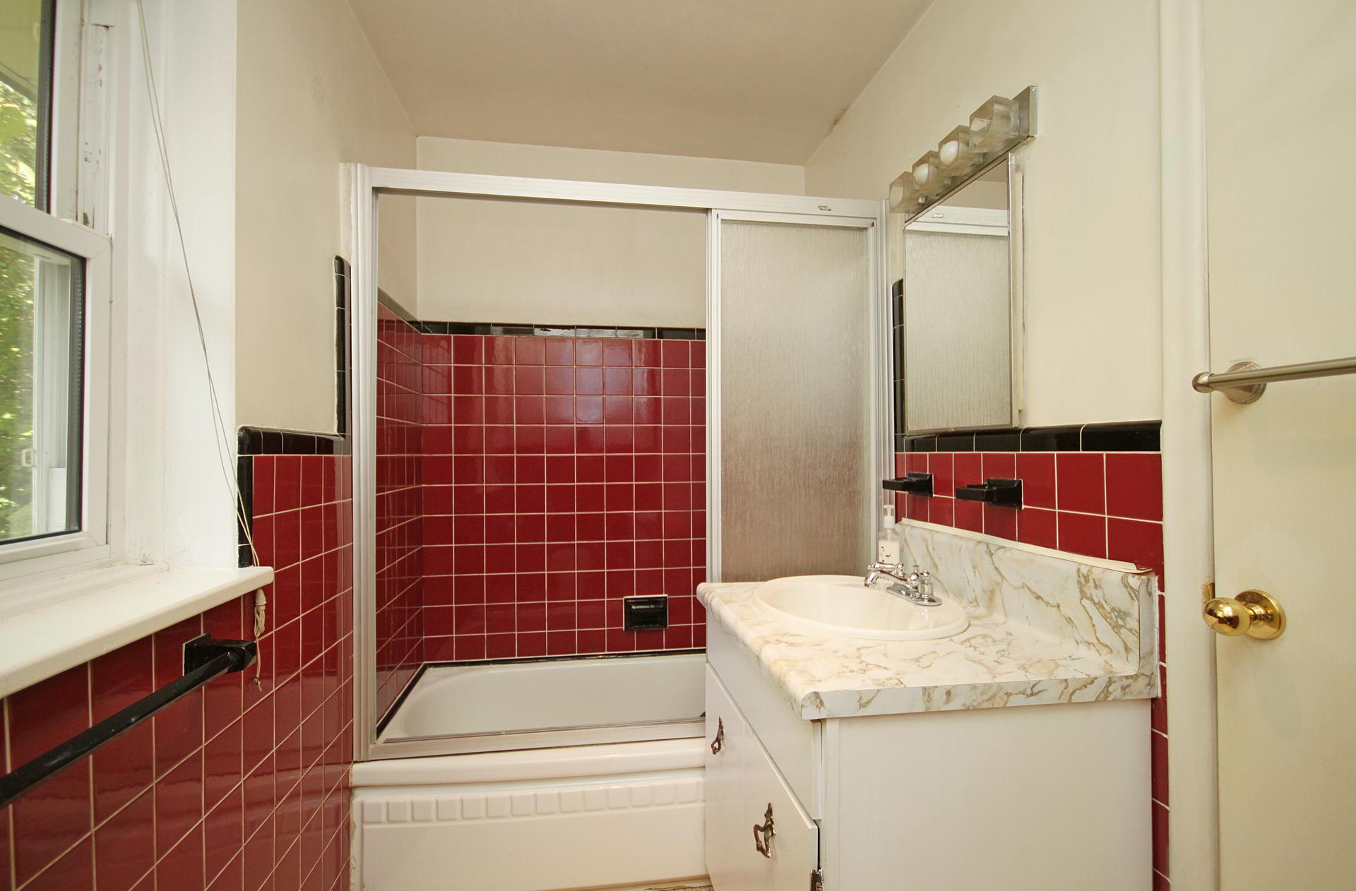 4 Piece Bathroom at 59 Overton Crescent, Banbury-Don Mills, Toronto