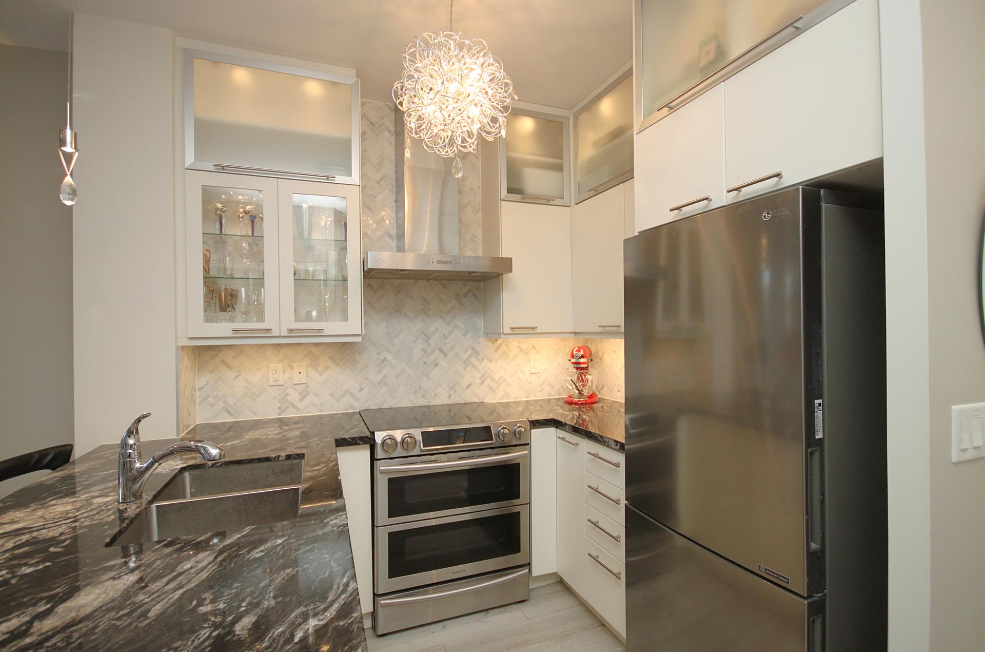 Kitchen at 126 - 120 Dallimore Circle, Banbury-Don Mills, Toronto