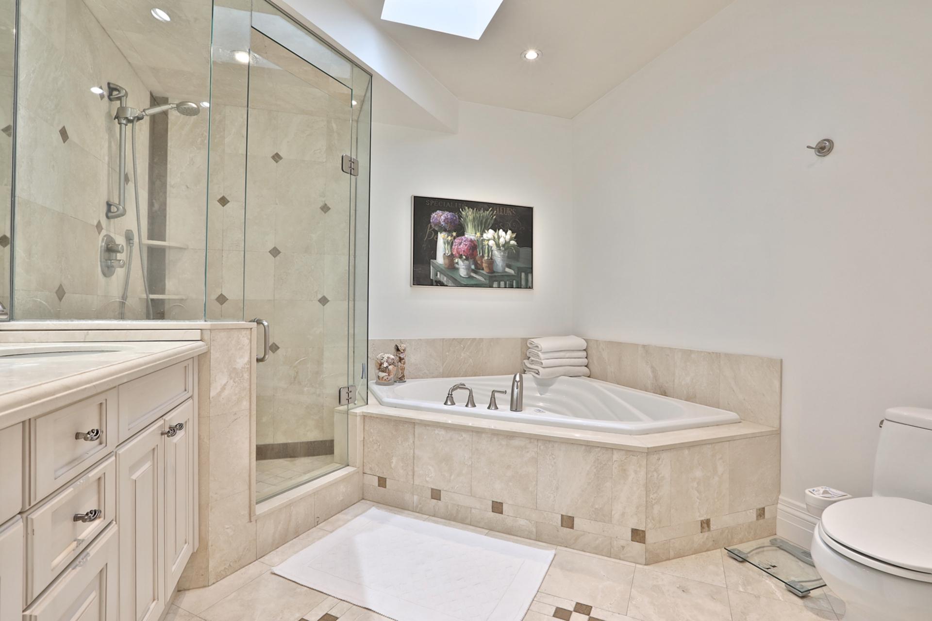 5 Piece Ensuite Bathroom at 75 Jedburgh Road, Lawrence Park North, Toronto