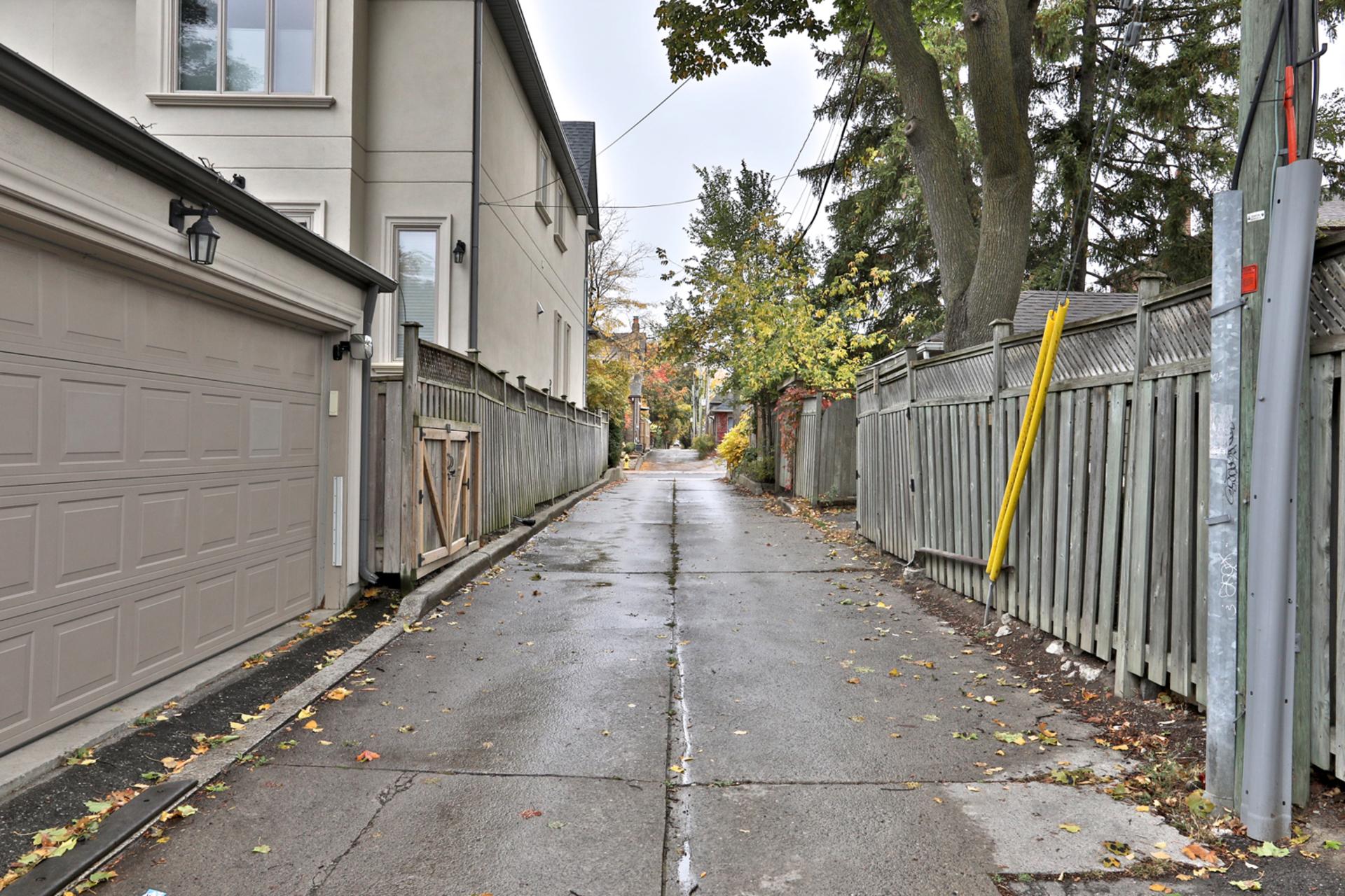 Laneway at 75 Jedburgh Road, Lawrence Park North, Toronto