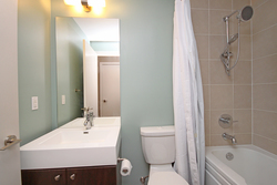 4 Piece Bathroom at 122 - 35 Brian Peck Crescent, Leaside, Toronto