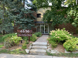 Front at 10 - 46 Three Valleys Drive, Parkwoods-Donalda, Toronto