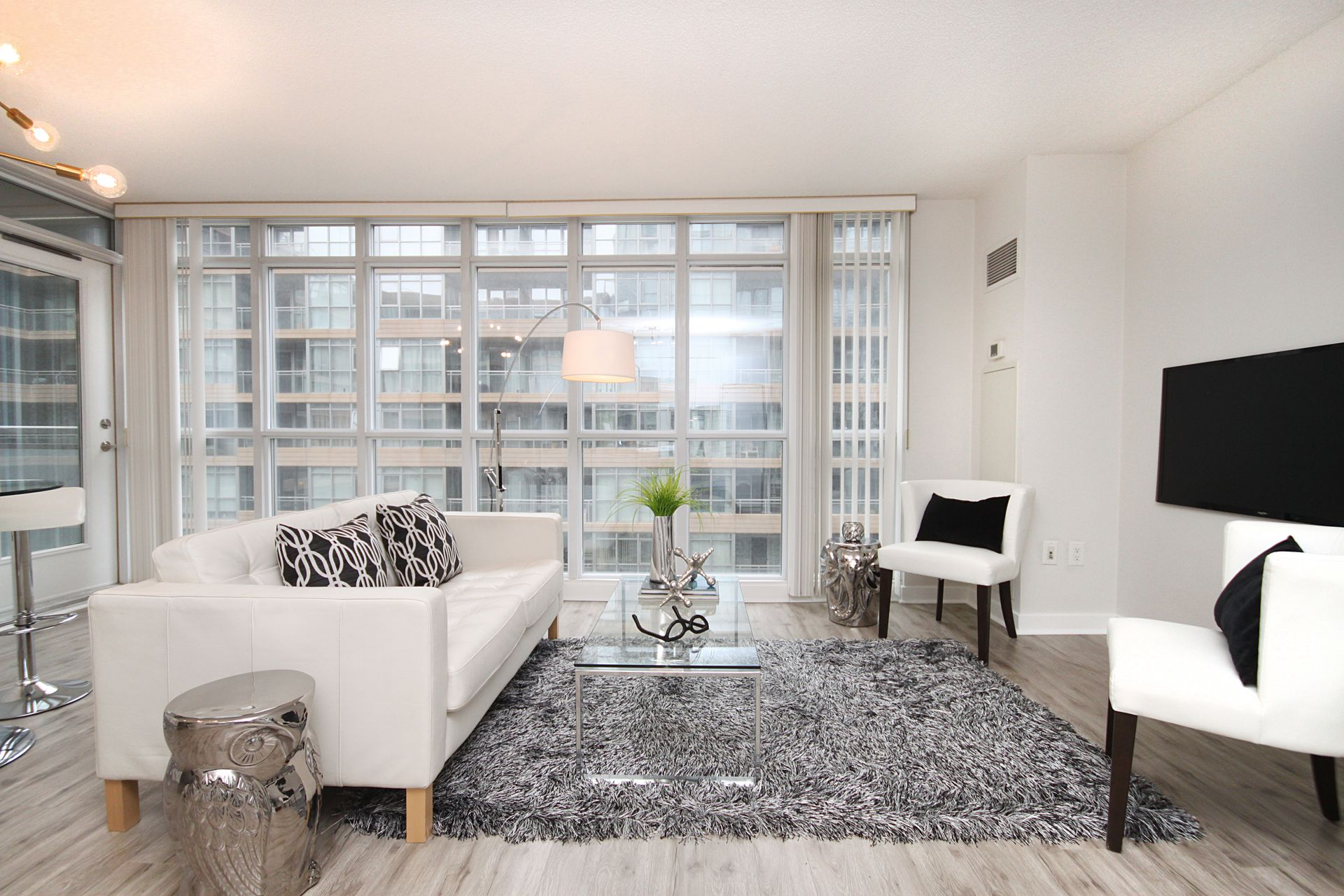 Living Room at 632 - 15 Iceboat Terrace, Waterfront Communities C1, Toronto